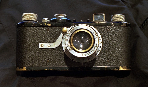 Foto da Leica 1925 - História da Fotografia